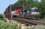A NS COFC makes its way east over the Lehigh Line